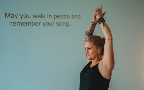 Slow / easy flow yoga